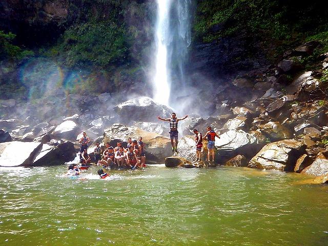ピナイサーラの滝 滝壺 キャニオニング